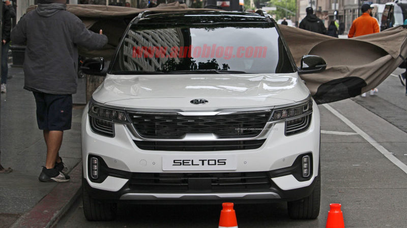 kia-seltos-1.jpg.631e22887fb9060dad270513be4ea563.jpg