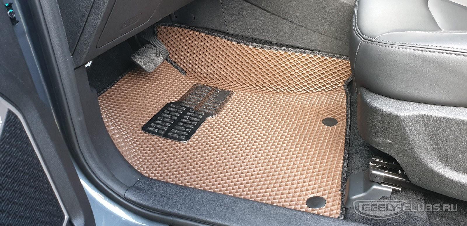 Водительский коврик 3D с подпятником
